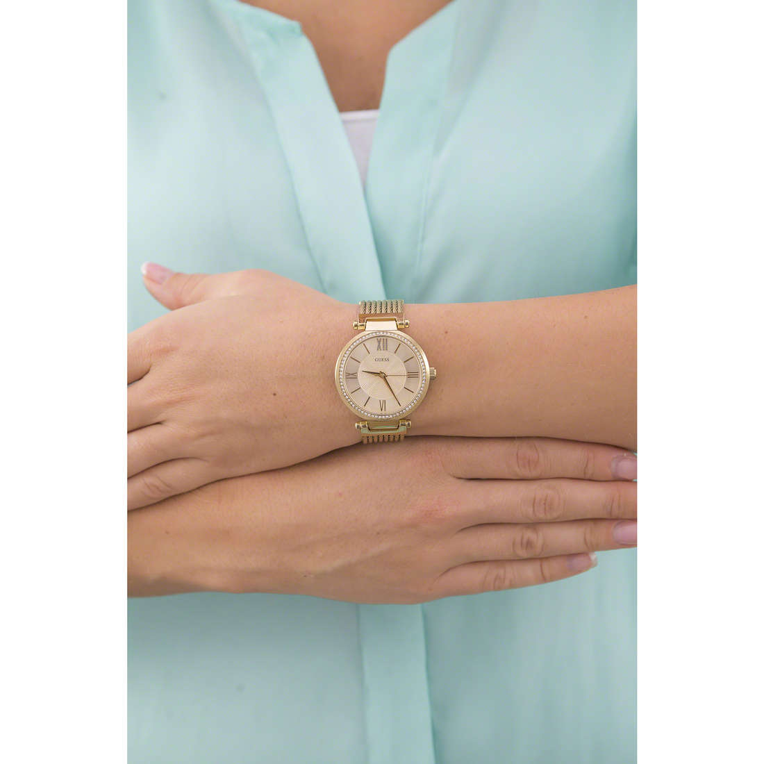 Guess only time woman W0638L2 indosso