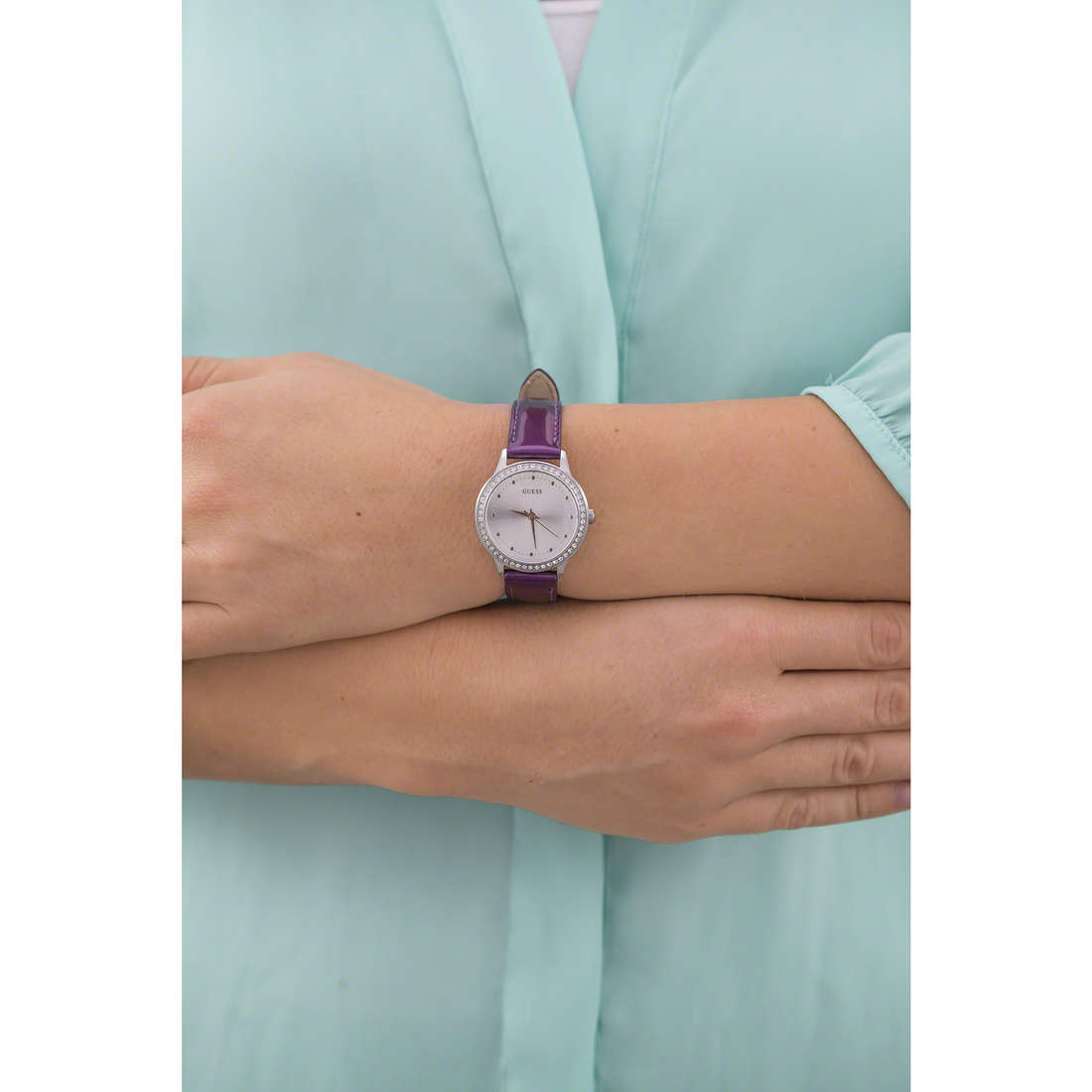 Guess only time woman W0648L10 photo wearing