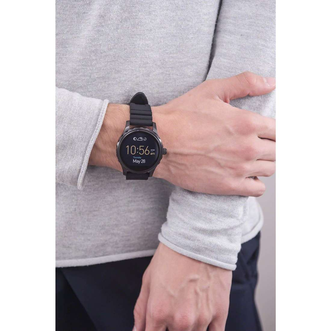 Fossil Smartwatches man FTW2107 photo wearing