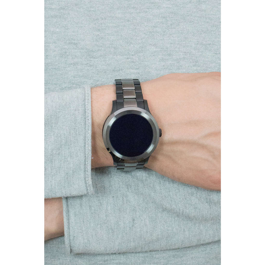 Fossil Smartwatches Q Founder man FTW2117 indosso