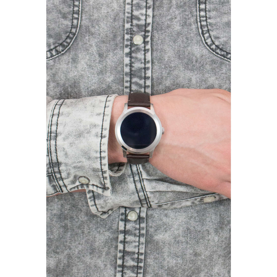 Fossil Smartwatches Q Founder man FTW2119 indosso